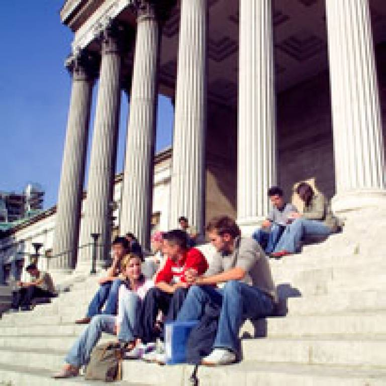 Students in front of the UCL portico
