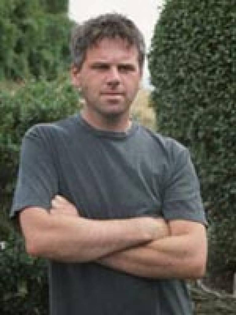 Dr Andrew Reynolds