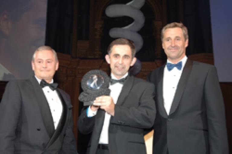 Mark Saunders receiving award