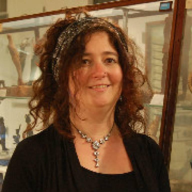 Dr Debbie Challis