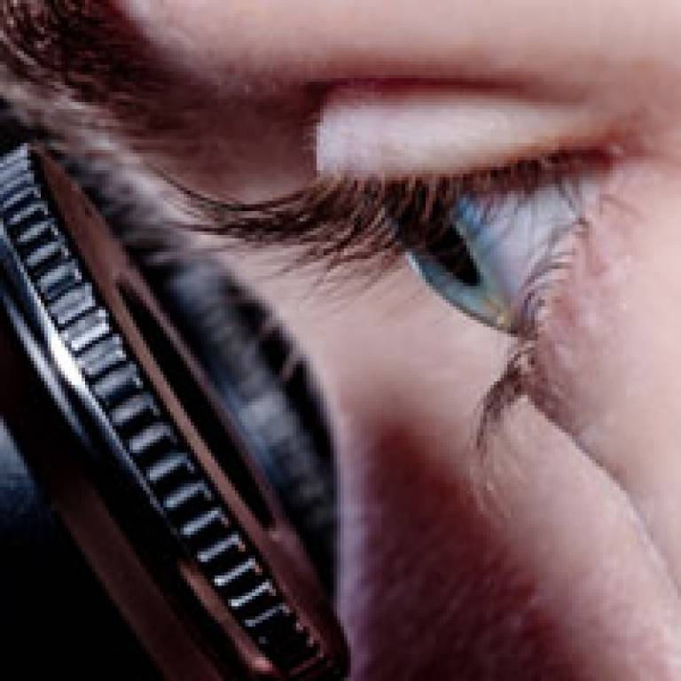 Eye and microscope