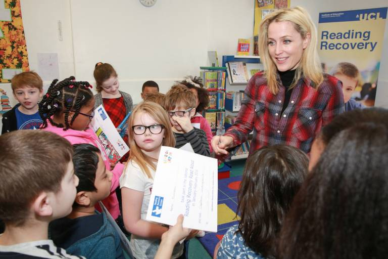 Gillian Anderson reading with children