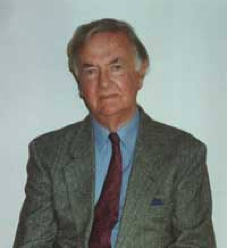 Professor Ken Kemp