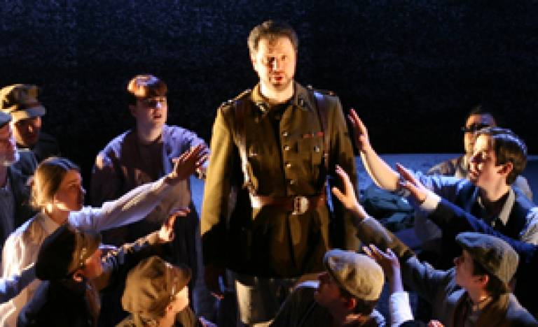 Macduff and the chorus