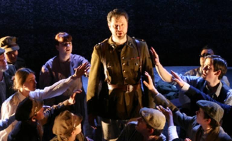 Macduff and the chorus