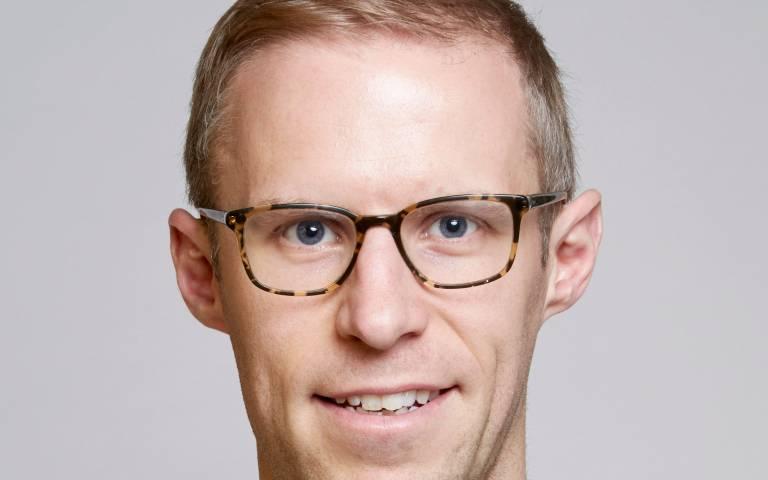 Dr Steve Fleming