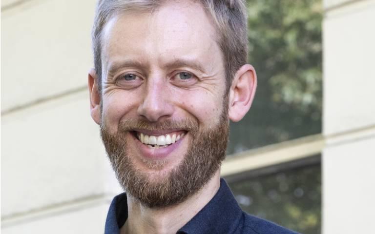 Dr Tom Pegram