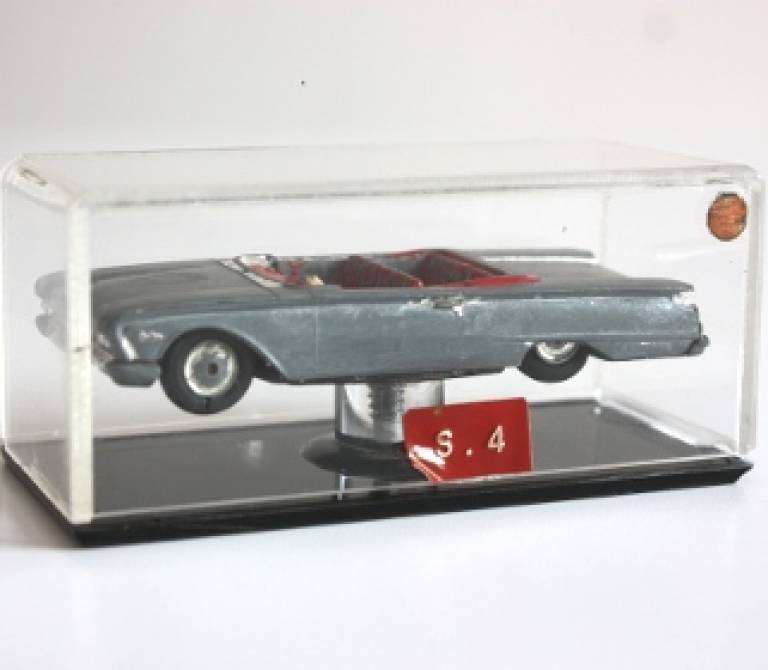 Ford Sunliner Convertible V8 Toy Car