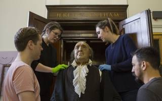 Moving Jeremy Bentham's auto-icon - removing the auto-icon from its previous cabinet