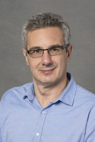 Professor Sandro Olivo