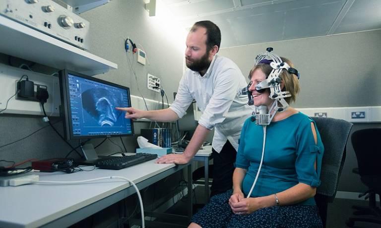 Ultrasound experiment demonstration