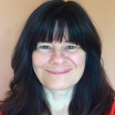 profile photo of Rosalind Potts