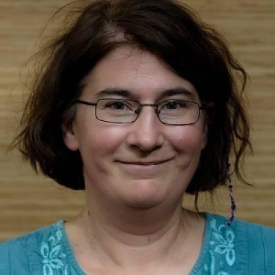 Profile photo of Kriszta Szendroi