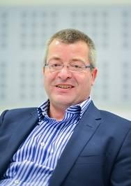 Professor Andreas Schatzlein