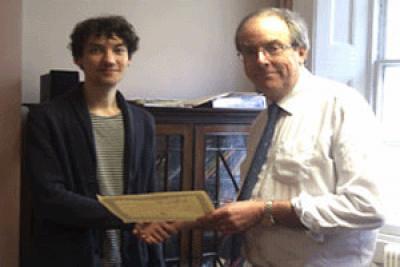 Grote Professor Paul Snowdon and winner Tony Williams