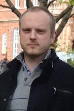 Dr Tom Hope