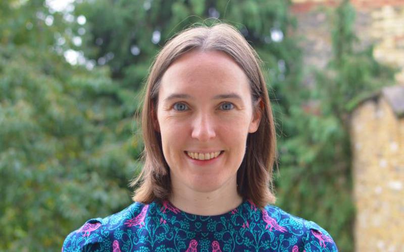 Dr Gwyneth Davies