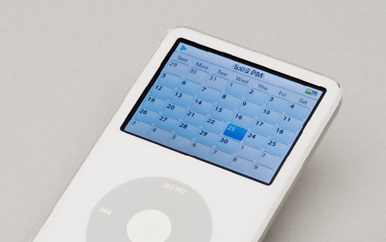 ipod with month calendar