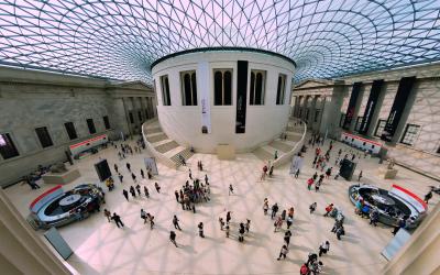 Panoramic view of the British Museum atrium.