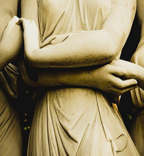 Statues holding hands