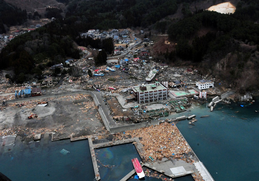 US Navy 110315-N-5503T-307 An aerial view of damage to Otsuchi, Japan, after a 9.0 magnitude earthquake and subsequent tsunami devastated the area in northern Japan