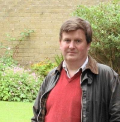 Dr Andrew Richards