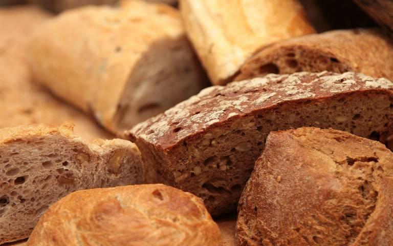 bread-399286_1920-web.jpg