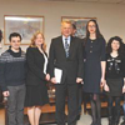 HE President Pál Schmitt with IMESS and research students at SSEES…