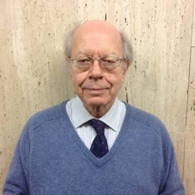Prof Arnold McMillin…
