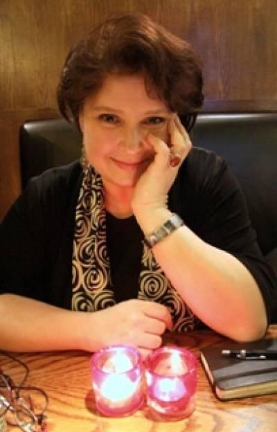 Dr Katarzyna Zechenter…