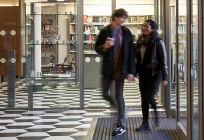 Students entering SSEES…