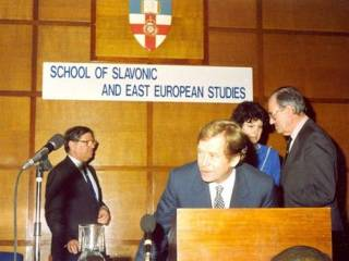 Václav Havel speaking at SSEES in 22 March 1990…