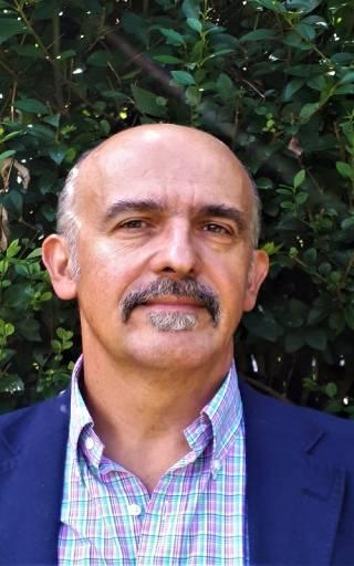 Prof Campos