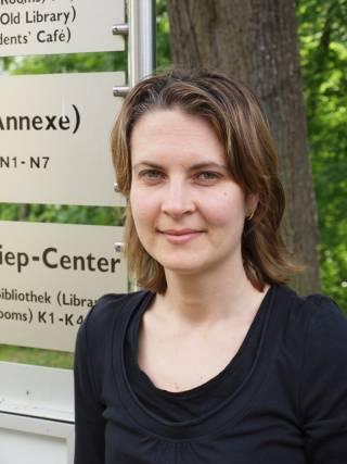 Elena Nikolova profile picture