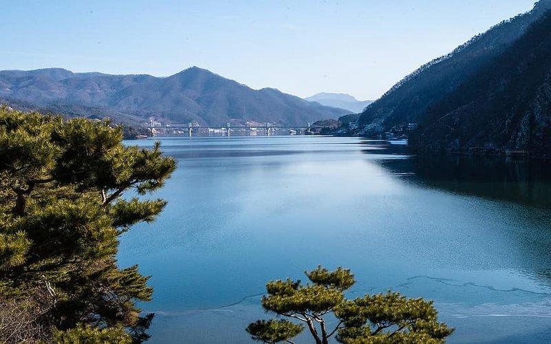 Korean lake