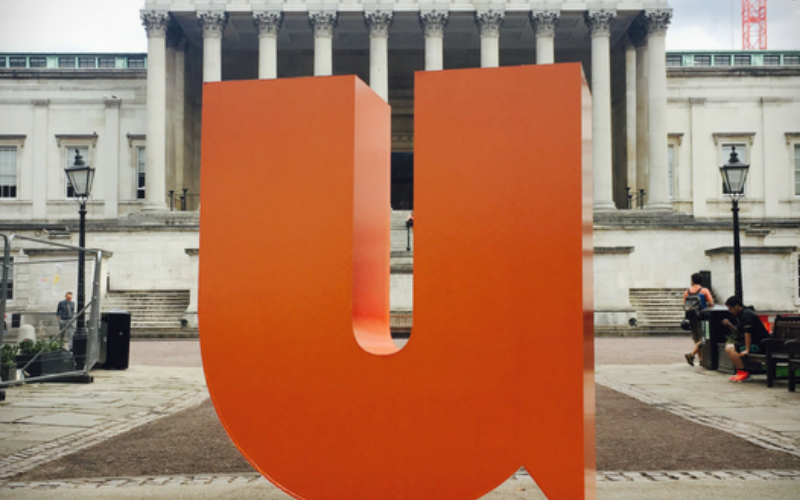 Large letter 'U' sculpture for Students' Union UCL