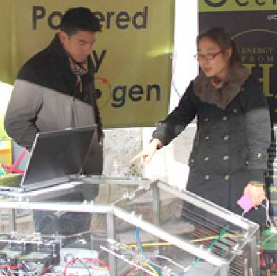Hydrogen-powered outreach from UCL students