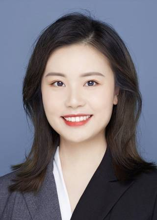 Anqi Lai - picture of alumna