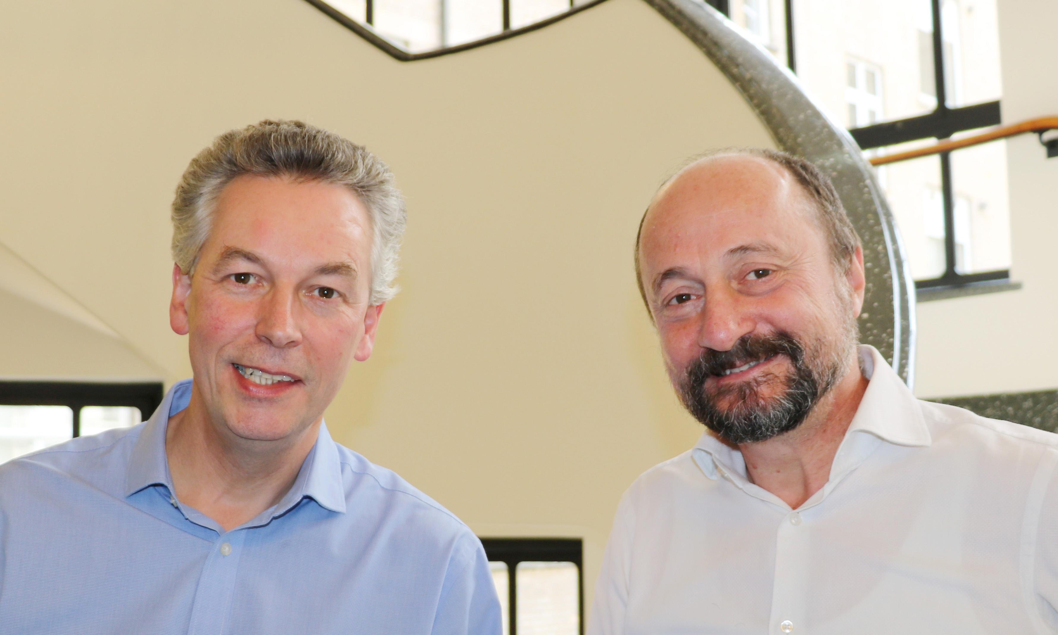 Dr Adrian Ivinson and Professor Bart de Strooper