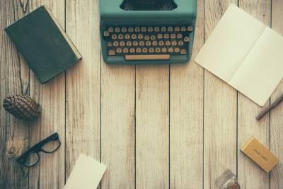 Writing lab - desk